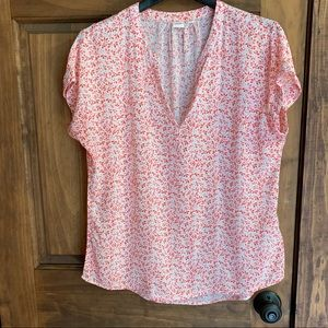 Gap Floral V-Neck Tee Small